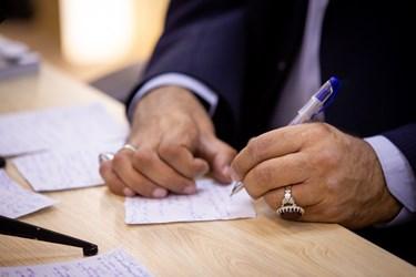 علیرضا زاکانی  نامزد سیزدهمین دوره انتخابات ریاست جمهوری در نشست با بانوان برجسته حوزههای مختلف