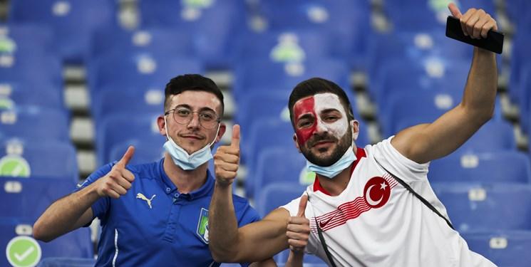 یورو 2020 حضور هواداران پرشور ترکیه در استادیوم المپیکو برای بازی افتتاحیه+عکس