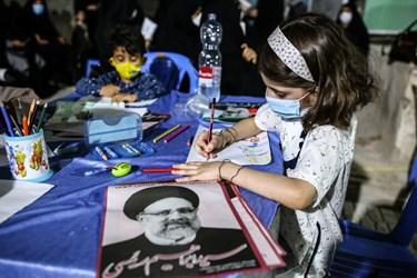 غرفه کودکان در ستاد انتخاباتی آیت الله رئیسی در بندر بوشهر