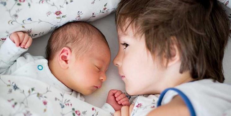 راهکارهای کاهش حسادت کودکان/ علائم حسادت را در بچهها بشناسید