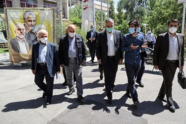 ورود علیرضا زاکانی نامزد انتخابات سیزدهمین دوره انتخابات ریاست جمهوری در دانشگاه امیرکبیر