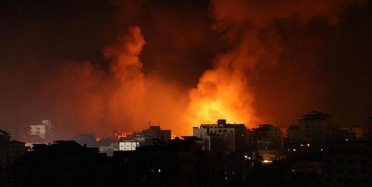 حمله هوایی رژیم صهیونیستی به نوار غزه + فیلم و عکس