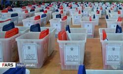 فیلم| آغاز فرآیند پلمب و توزیع صندوقها اخذ رأی در یزد