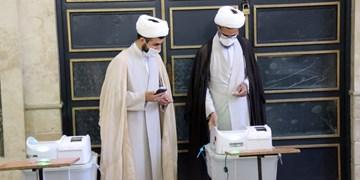 حضور امام جمعه بجنورد در انتخابات۱۴۰۰  /انتخابات لیلهالقدر ملت ایران است