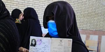 حضور مردم در صفهای رای در منطقه مرزی بم پشت سراوان