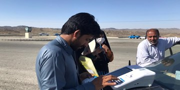 اختلال در سامانهها، شعب اخذ رای را به وسط خیابانهای جنوب سیستان و بلوچستان کشاند!