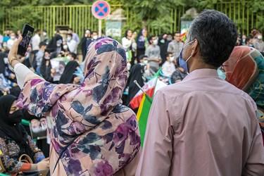 حضور خانواده ها در جشن پیروزی هواداران آیتالله رئیسی در ارومیه