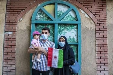 حضور خانوادگی در جشن پیروزی هواداران آیتالله رئیسی در ارومیه