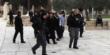 تعرض دهها صهیونیست به مسجدالاقصی و تداوم تنشها در کرانهباختری و اراضی 48
