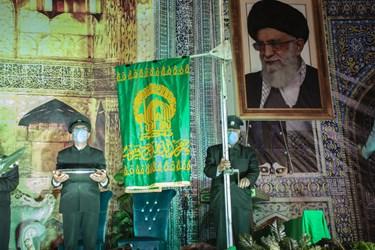 برافراشته شدن پرچم امام رضا در استان مقدس امامزاده سیدجعفر محمد یزد