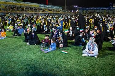 جشن در محوطه زمین چمن ورزشگاه شهید رجایی و با رعایت پروتکل های بهداشتی برگزار می شود