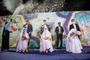 برگزاری جشن عروسی در مراسم جشن میلاد امام رضا(ع) و پیروزی گفتمان انقلاب اسلامی