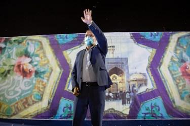 حضور علیرضا زاکانی، رئیس مرکز پژوهشهای مجلس شورای اسلامی در جشن میلاد امام رضا(ع) و پیروزی گفتمان انقلاب اسلامی