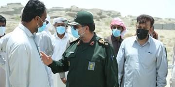 دیدار فرمانده نیروی دریایی سپاه با مردم مناطق محروم شرق هرمزگان