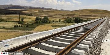 تکمیل مثلث گردشگری 3 استان با ساخت خطآهن یزد-اقلید