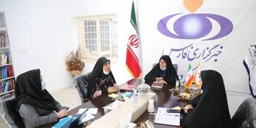 در میزگرد فارس عنوان شد: حجاب یک مرزبندی انسانی است/دشمن دنبال الگوسازی فرهنگ برهنگی برای دختران ایرانی است