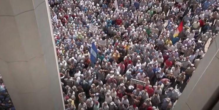 درگیری پلیس اوکراین با تجمع گسترده بازنشستگان