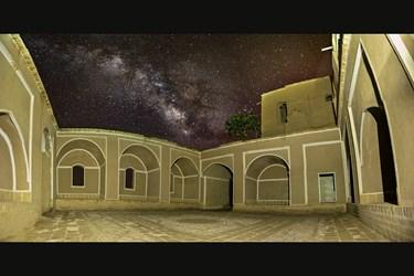 کهکشهان راه شیری درمسجد ارگ خرانق یزد