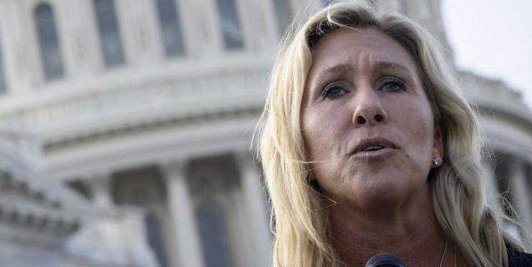 تعلیق حساب توئیتری نماینده کنگره به علت دروغپراکنی در مورد واکسن کرونا