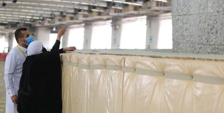رمی جمرات در شرایط کرونا/ سنگهای بستهبندی در اختیار حجاج قرار گرفت+عکس و فیلم