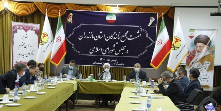 نمایندگان مجلس مشکل خوزستان را حل کنند/لزوم ریلگذاری جدید برای توسعه مازندران