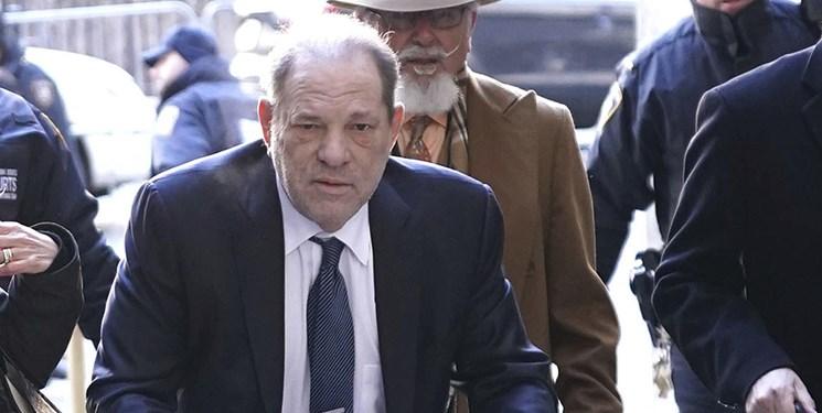 دادگاه آمریکا غول تجاوزگر هالیوود را بی گناه تشخیص داد/ واینستاین خطاب به قاضی: بسیار متشکرم!