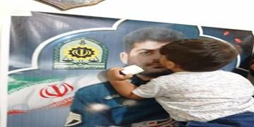 فیلم | وداع آخر مادر شهید «ضرغام پرست» با فرزندش