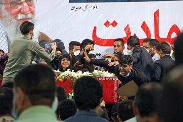 آیین تشییع پیکر مطهر شهید نظم و امنیت در اهواز