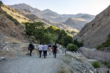 بسیاری از کوهنوردان و کوهپیمایان ساعات ابتدای روز  را برای کوهپیمایی در گلابدره انتخاب میکنند.
