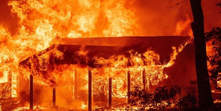 آتش سوزی 165 هزار هکتار از جنگلها و اراضی آمریکا؛ استرالیا به کمک آمد+عکس