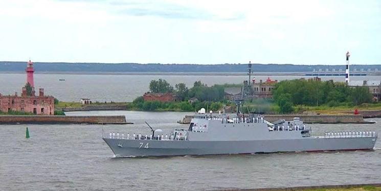ناوشکن سهند در رژه دریایی روسیه حاضر شد