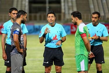 علیرضا فغانی داور  دیدار تیمهای سایپا و آلومینیوم اراک از هفته بیست و نهم مسابقات لیگ برتر