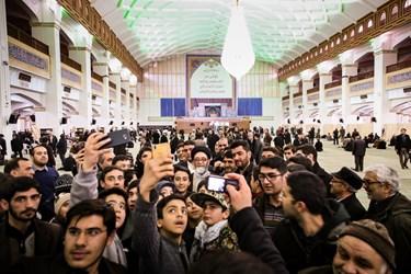 عکس سلفی با امام جمعه تبریز