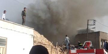 فیلم آتشسوزی انبار ضایعات در شهرکرد