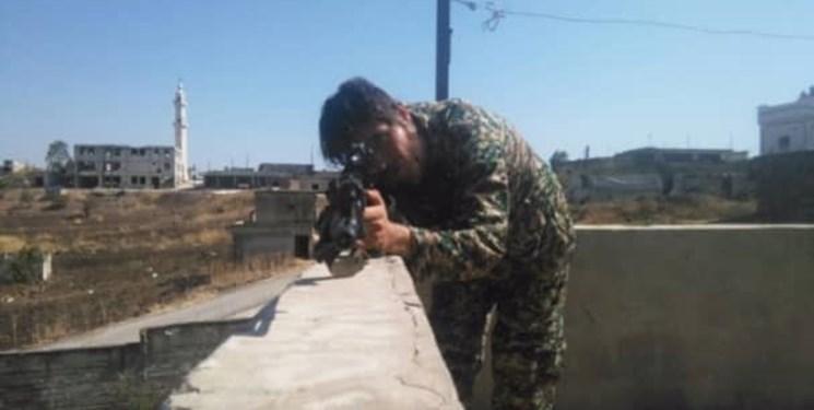 مادری که تنها پسرش را به سوریه فرستاد/ شهادت برادرم را از بنرهای شهر متوجه شدیم