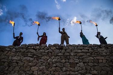 جشن نوروزی روستای پالنگان در این جشن مردم با نواختن موسیقی های سنتی و پوشیدن لباسهای رنگارنگ و حضور بر بامهای خانه ها به استقبال بهار می روند.