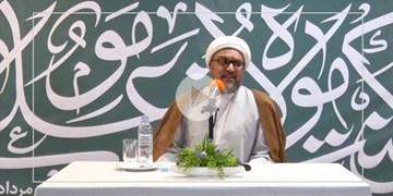 روایتی از تلاشهای علامه امینی برای کتاب الغدیر/ ماجرای شفای یک معلول به دست علامه