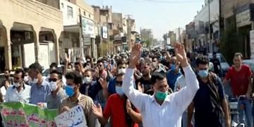 کارگران هفتتپه خواستار اجرای حکم خلع ید مالک شرکت شدند/ حضور امام جمعه شوش در میان کارگران