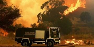 آتشسوزی در ایتالیا با 5 زخمی و تخلیه صدها نفر+فیلم