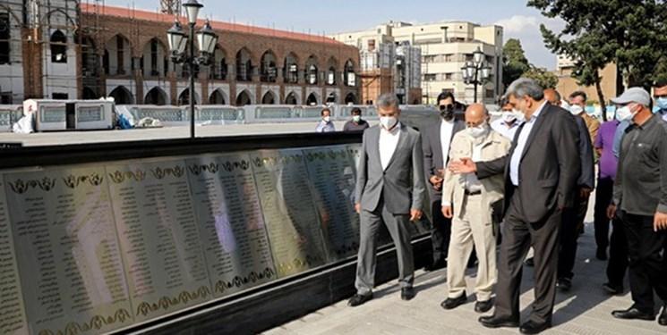 بازدید «مهدی چمران» از پروژه ساماندهی میدان امام خمینی (ره) و یادمان شهدا