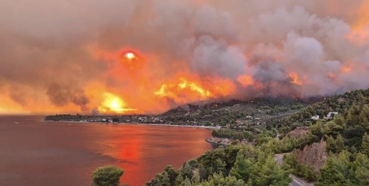 آتش به منطقه باستانی المپیا در یونان و کارخانه حرارتی در ترکیه رسید