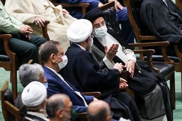 حسن روحانی رئیس جمهور سابق و سید ابراهیم رئیسی رییس جمهور در مراسم تحلیف