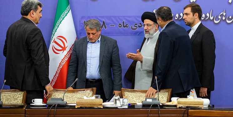 دعوت از حناچی برای حضور در جلسه دولت/ شهردار تهران بعد از مدتها در هیات دولت حضور مییابد