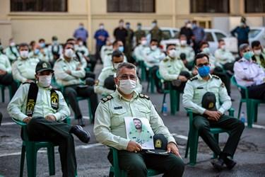 حضور جمعی از همکاران و ماموران پلیس تهران در مراسم تشییع پیکر شهید ستوان سوم « یاسر طاهری»