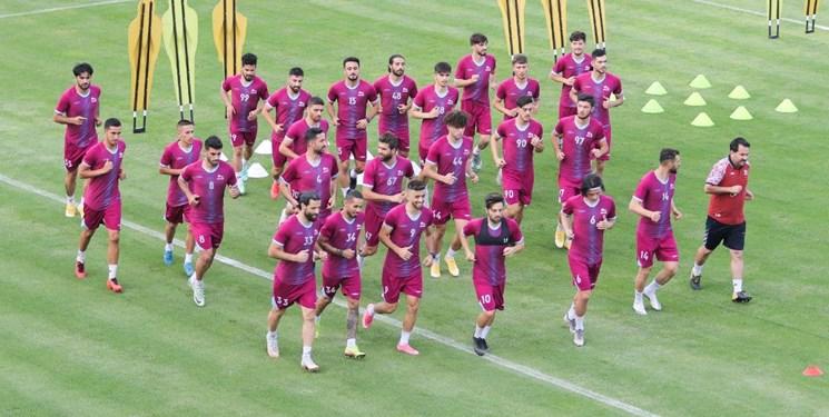 تراکتور با 16 بازیکن راهی قطر می شود