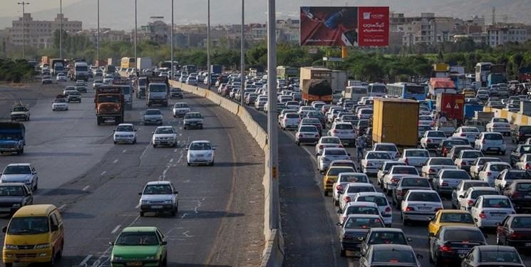ترافیک سنگین در هراز و کندوان/ تردد پرحجم خودرو در آزادراه قزوین-تهران