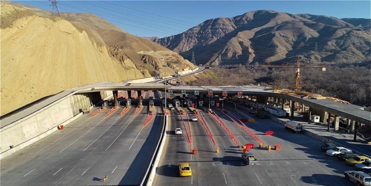 تردد روان در اغلب جاده ها/ ترافیک سنگین بین کرج و قزوین