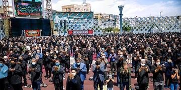 عزاداری و نماز ظهر عاشورا||| میدان امام حسین(ع)
