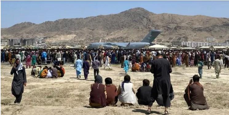 جو ملتهب در فرودگاه کابل علی رغم استقرار قوای آمریکا + فیلم