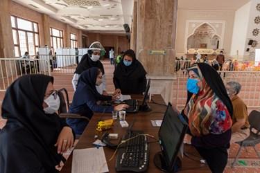 تاکنون ۴۱۰هزار و  ۸۱۴نفر در استان نوبت اول واکسن کرونا را دریافت کرده اند